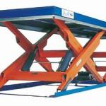 Подъемный стол с горизонтальными ножницами фото